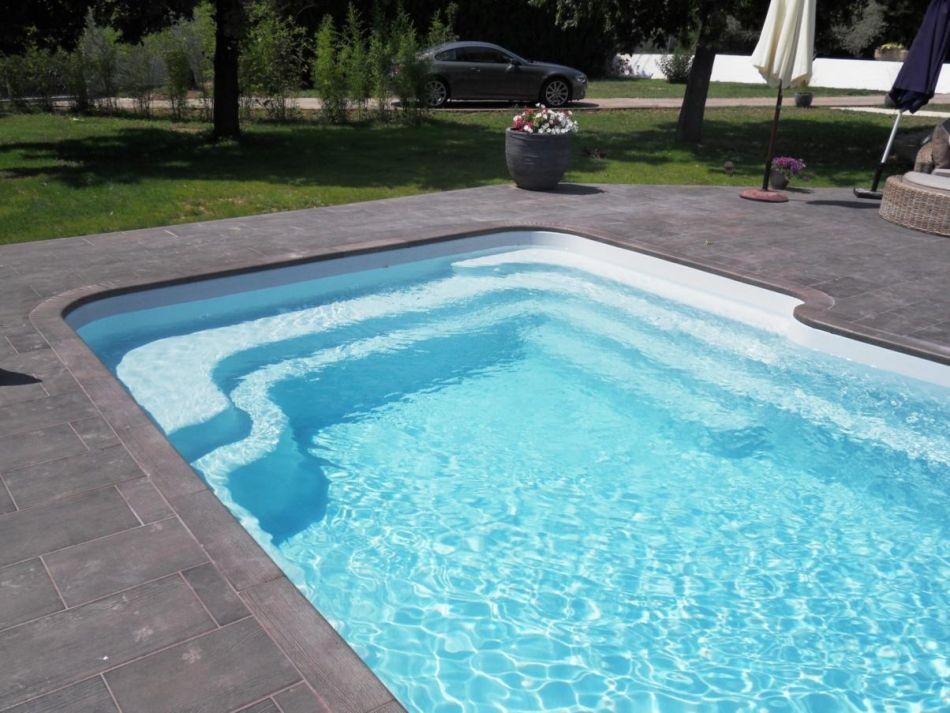 fiche technique de la piscine mod le biscarrosse caract ristiques de la piscine coque. Black Bedroom Furniture Sets. Home Design Ideas